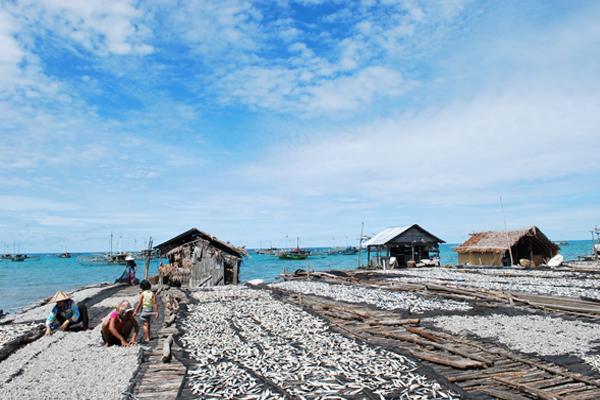 Nelayan Tanjung Binga.jpg